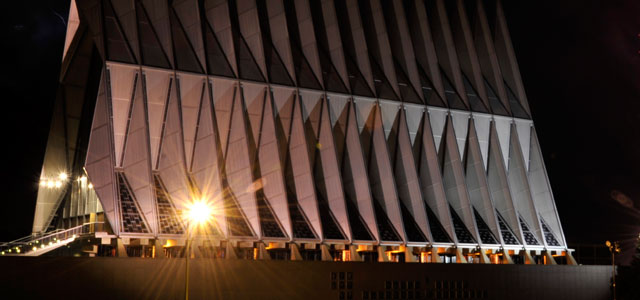 BREAKING: U.S. AIR FORCE ACADEMY GRIPPED BY FUNDAMENTALIST CHRISTIAN FUROR, THREATS MOUNT VS. RELIGIOUS LIBERTY